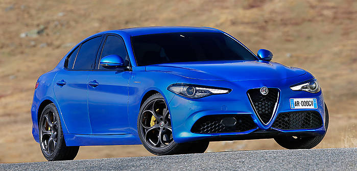 alfa romeo giulia q4 2 2 jtdm 210 km 2017 sedan skrzynia automat nap d 4x4. Black Bedroom Furniture Sets. Home Design Ideas