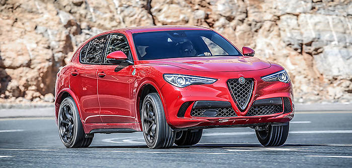 alfa romeo stelvio quadrifolglio 2 9 v6 510 km 2018 suv skrzynia automat nap d 4x4. Black Bedroom Furniture Sets. Home Design Ideas