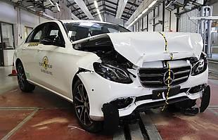 EuroNCAP: Mercedes klasy E i Peugeot 3008