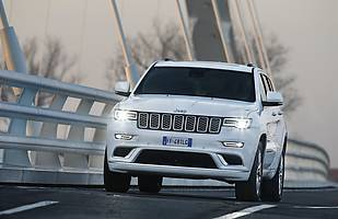 Jeep Grand Cherokee Summit Signature