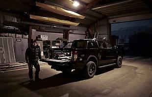 Ford Ranger Black Edition w niecodziennych rolach