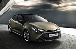Toyota Auris numer trzy