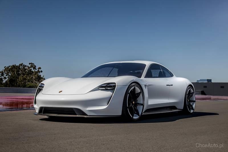 Porsche Taycan. Pierwsze z elektrycznym napędem