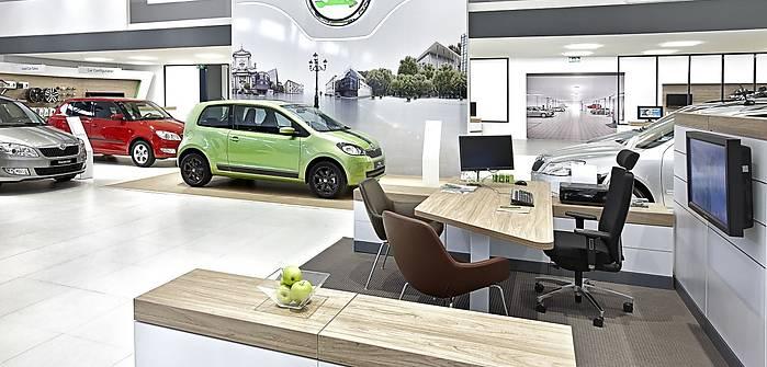 Nowe samochody. Ile zarabiają producenci?