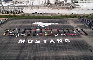 10 milionów Fordów Mustangów