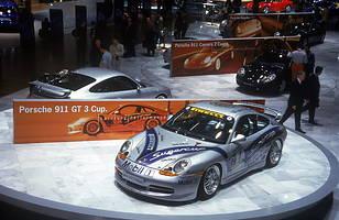 Debiut Porsche 911 (996) na salonie w Genewie w 1999 roku