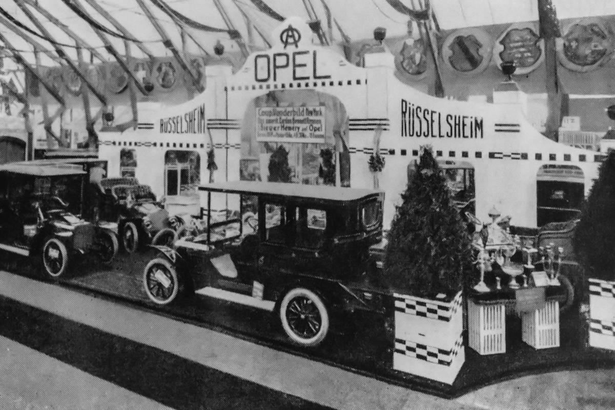 Historia IAA z Oplem w tle