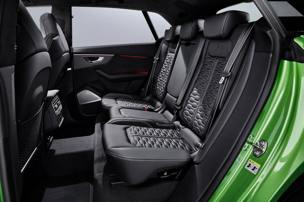 Audi RS Q8. Potężny SUV z niezwykłymi osiągami