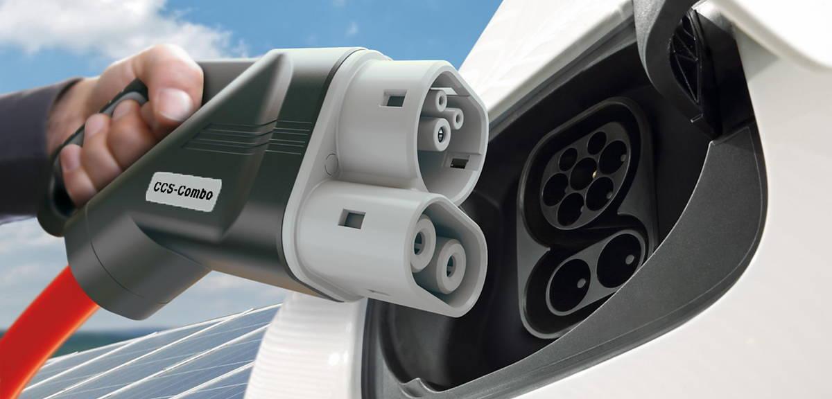Dopłaty do aut elektrycznych. Ile i jak?
