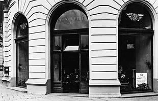 Przedwojenny salon Fiata