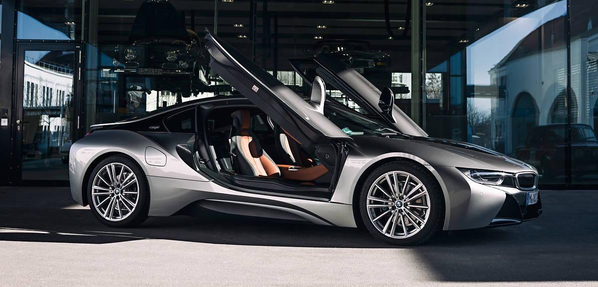 Nadchodzi koniec BMW i8!