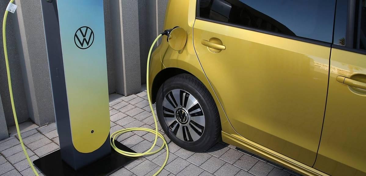 Rośnie popyt na elektryczne Volkswageny