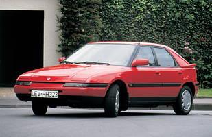 Mazda 323F z 1989 roku
