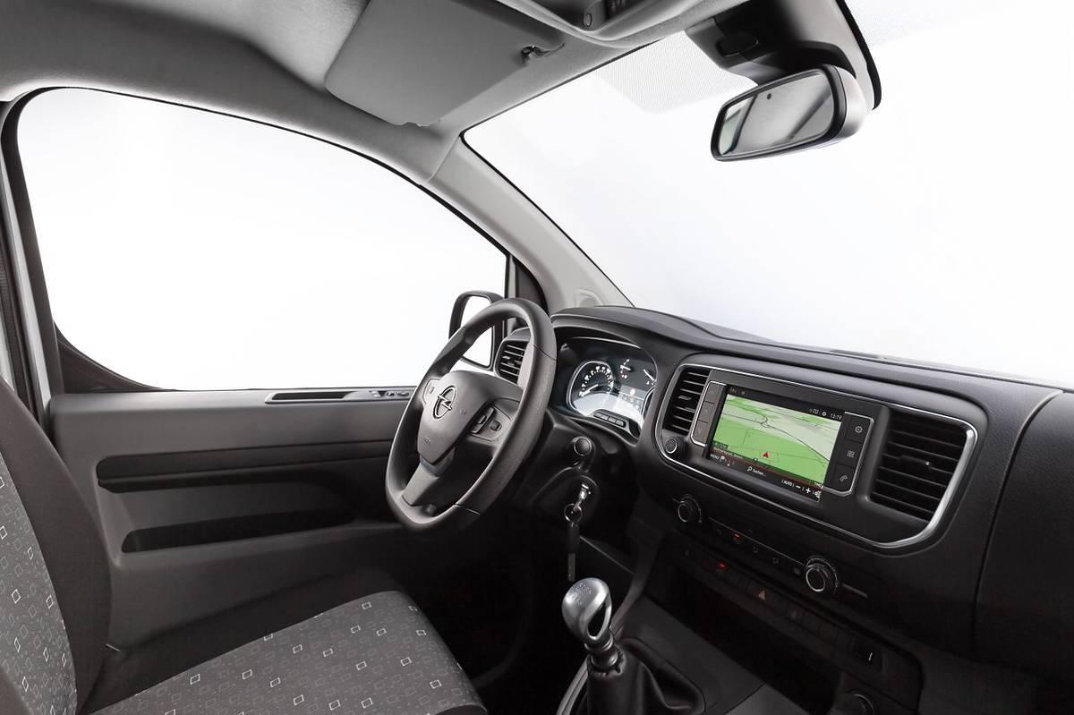 Nowy Opel Vivaro w polskich salonach