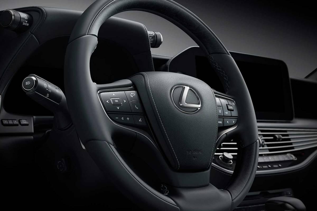 Lexus LS już po liftingu