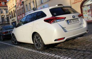 Toyota Auris Sport Hybrid