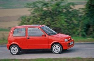 Fiat Seicento bazuje na rozwiązaniach technicznych modelu Cinquecento. Wspólne są m.in płyta podłogowa i jednostki napędowe
