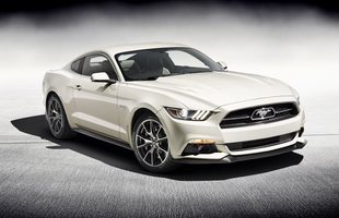 Ford Mustang ma 50 lat!