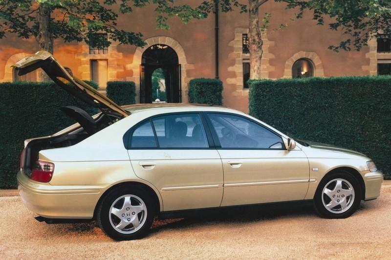 Honda Accord - bezawaryjna, ale tanio nie będzie