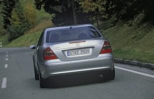 Mercedes E W211. Prestiż i... koszty