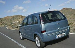 W 2005 roku auto poddano delikatnemu feceliftingowi