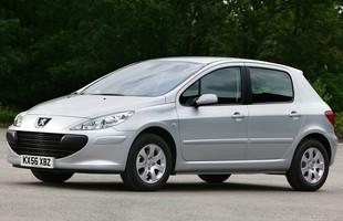 Peugeot 307. Płonące Auto Roku