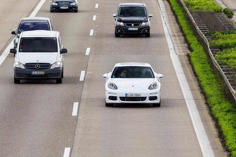 Porsche, które pali 4,4 l/100 km. W normalnym ruchu...