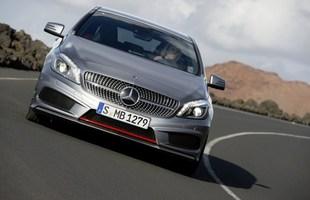 Nowy Mercedes klasy A ma agresywną stylistykę, która trafić ma w gusta młodszych klientów