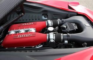 Silnik Ferrari 458 i pojemności 4,5 l