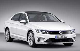 Volkswagen Passat GTE. Nowa hybryda z Wolfsburga