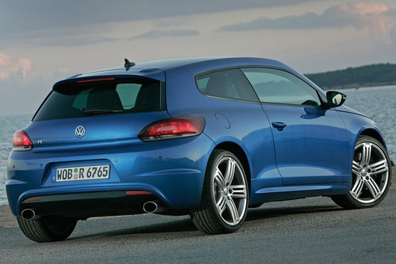 Zobacz najpopularniejsze sportowe samochody w Polsce!