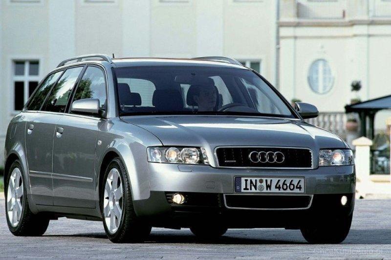 Audi a4 b6 Kombi Audi a4 b6 3.0 e 220 km