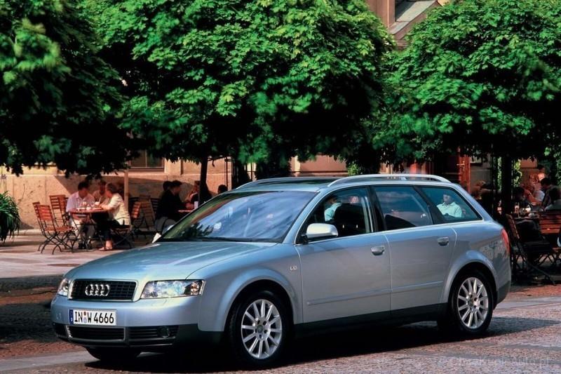 Audi a4 b6 Kombi Audi a4 b6 1.9 Tdi 130 km