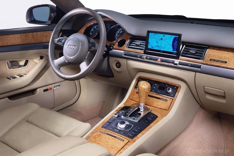 Audi A8 D3 2010