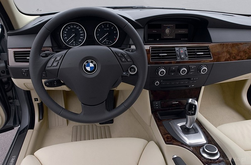 BMW 530i E61 258 KM