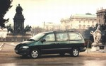 Chrysler Grand Voyager III 2.4 151 KM
