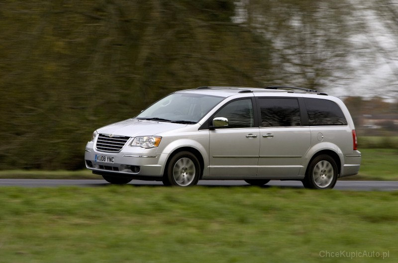 chrysler grand voyager v van rocznik 2013 silnik 2 8 crd 163 km. Cars Review. Best American Auto & Cars Review