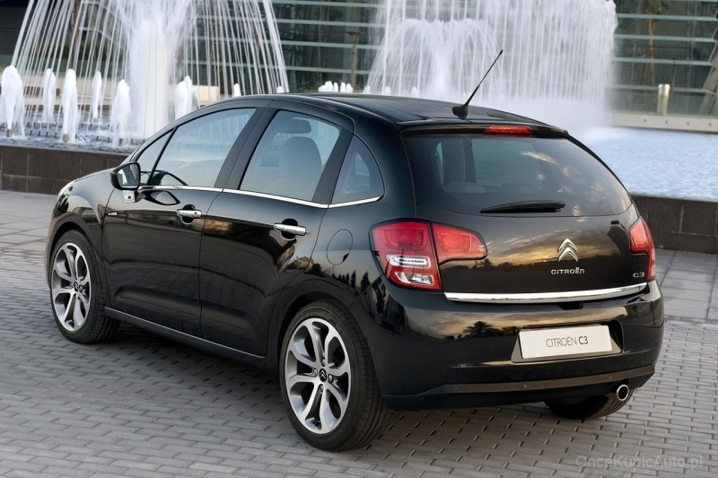 citroen c3 ii 1 4 hdi 70 km 2012 hatchback 5dr skrzynia r czna nap d przedni zdj cie 4. Black Bedroom Furniture Sets. Home Design Ideas