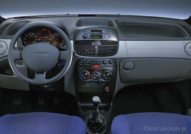 fiat punto ii 1 2 16v 80 km 2001 hatchback 3dr skrzynia automatyczna zautomatyzowana nap d. Black Bedroom Furniture Sets. Home Design Ideas