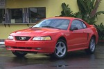 Ford Mustang IV 4.6 260 KM