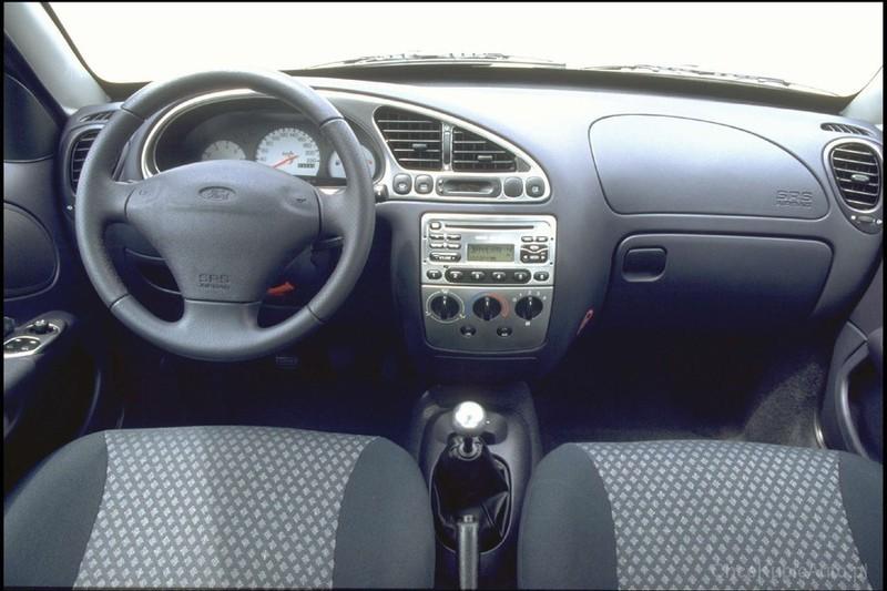 ford puma 1998 cena