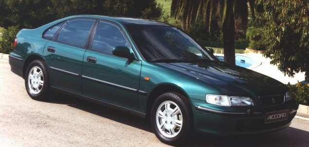 Honda Accord V 1.8 115 KM