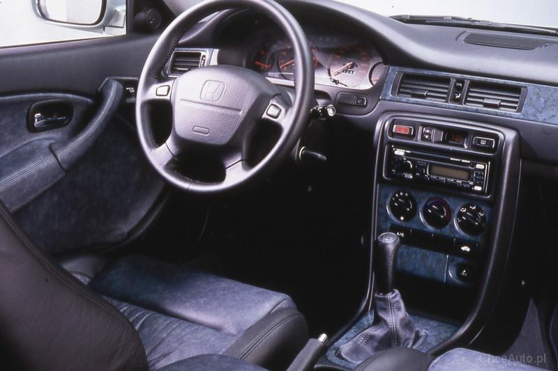 Honda Civic Vi 1 4i 90 Km 1995 Sedan Skrzynia Ręczna Napęd