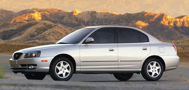Hyundai Elantra III 1.6 107 KM