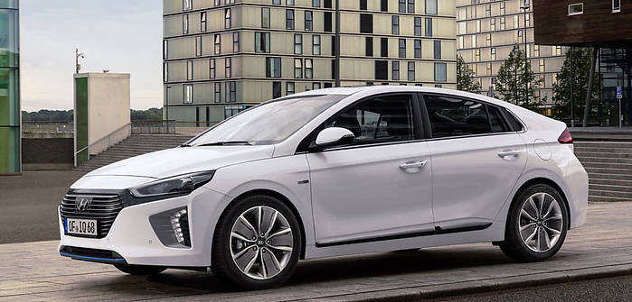 hyundai ioniq 1 6 gdi hybrid 141 km 2017 hatchback 5dr skrzynia automat nap d przedni. Black Bedroom Furniture Sets. Home Design Ideas