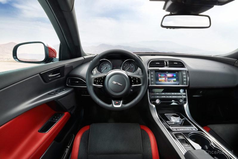 Jaguar XE I 2.0 D 180 KM