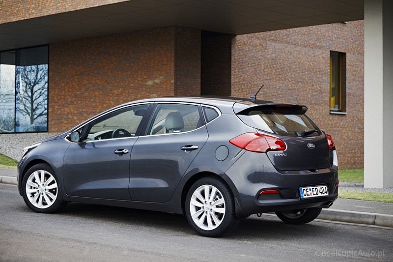 kia ceed ii 1 4 100 km 2014 hatchback 5dr skrzynia r czna. Black Bedroom Furniture Sets. Home Design Ideas
