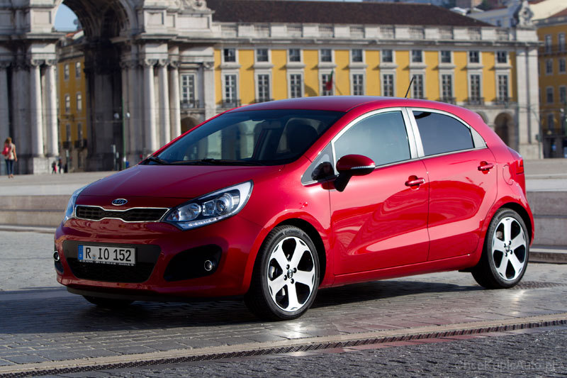 kia rio iii 1 1 crdi 75 km 2012 hatchback 5dr skrzynia r czna nap d przedni zdj cie 11. Black Bedroom Furniture Sets. Home Design Ideas