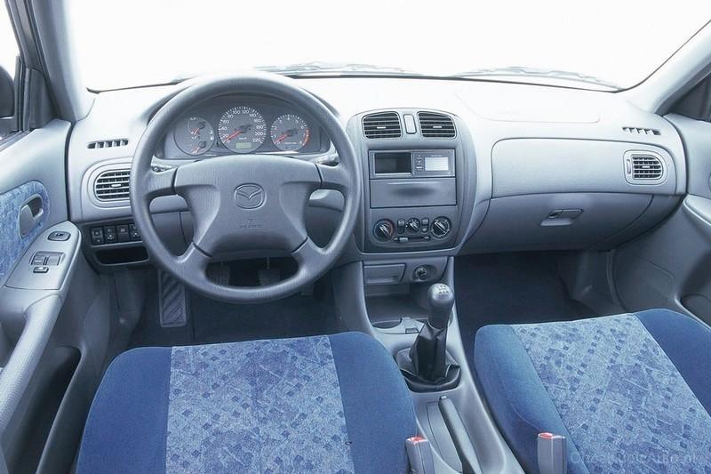 mazda 323f vi bj 1 5 90 km 1999 hatchback 5dr skrzynia. Black Bedroom Furniture Sets. Home Design Ideas