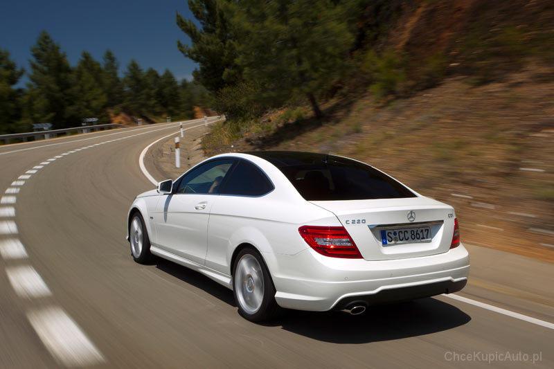 Mercedes Benz C Klasa C204 180 Kompressor 156 Km 2011